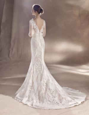 5c70e8e5ca02 Vacker bröllopsklänning med djup rygg, stl S, Köp & Sälj - BröllopsGuiden