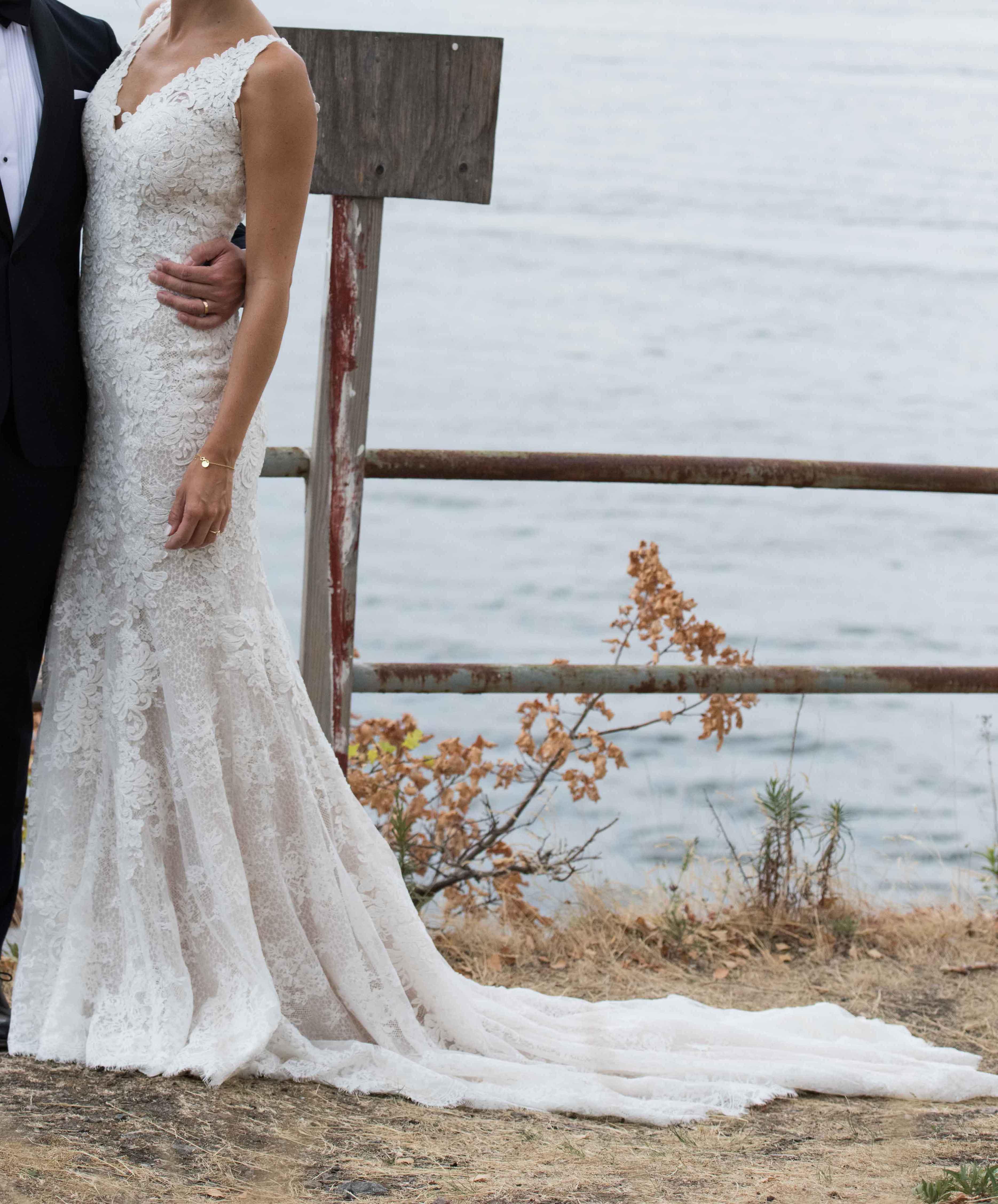 Brudklänning köpt från milagro. | secondstory