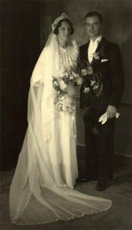 5b756b55943f Brudklänningen genom tiderna - BröllopsGuiden