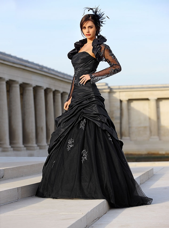 Bröllopsklänningar - bilder - BröllopsGuiden