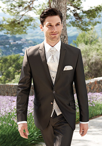 kostym till bröllop